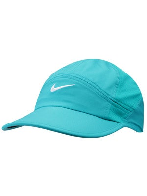 Nike Women's Featherlight Cap 2.0