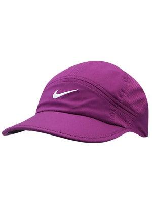 Nike Women's Featherlight Cap 2.0