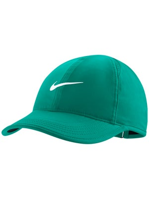 Nike Women s Featherlight Cap eef86beb883
