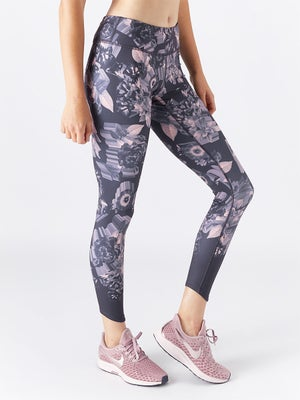 release date 0e89b 99a7e Click for larger view. Nike Women s Epic Lux Printed ...
