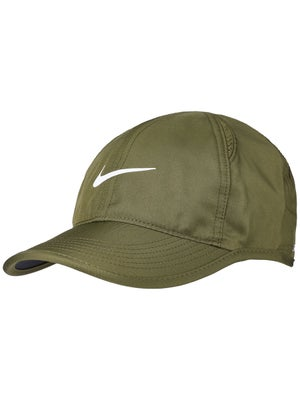 067901fa9e5 Nike Women s Featherlight Cap